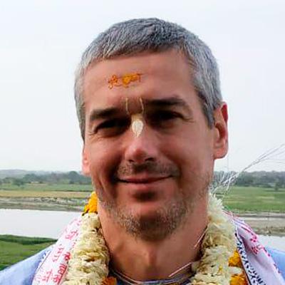 Е.М. Нитьянанда Чаран прабху